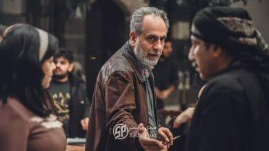 صورة مخرج باب الحارة لا يشاهد مسلسلاته ومستاء من منتقدي القبلات الجريئة في شارع شيكاغو!